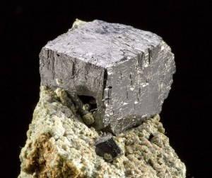 Mẫu quặng Perovskite đầu tiên được tìm thấy